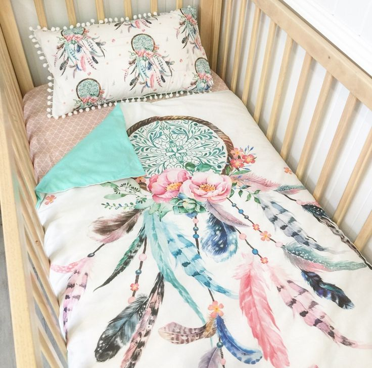 Image of Aqua/pink dream catcher with aqua dots cot quilt