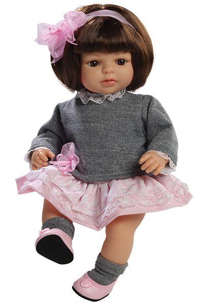 Realistická panenka Laura s mašlí od firmy Berjuan ze Španělska