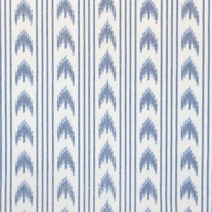 Toile Majorquine Lignes Bleu. Acheter tissu de Majorque tissé avec des langues et des rayures bleues sur un fond écru. Tissu avec un motif tissé fil à fil en coton de grande qualité, avec du corps et très résistant aux frottements. Les langues majorquines sont un motif typique de Majorque et idéal pour la décoration. Toile tissée pour décorer idéal pour tapisser vos chaises, confection de rideaux et coussins, mais aussi chaussures et espadrilles. Loneta para tapizar con lenguas mallorquinas.