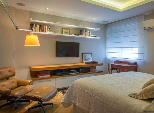 Decoração neutra e marcenaria tornam apartamento sofisticado e funcional