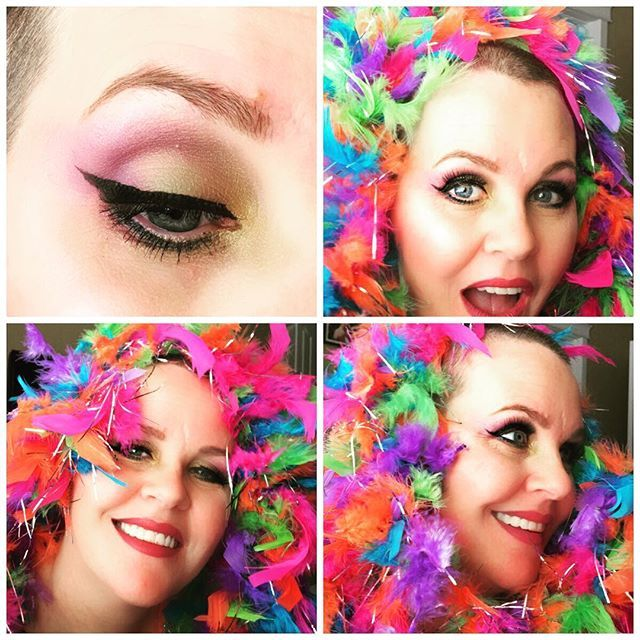 Mardi Gras is Tuesday and, while I can't go, if I did it would probably look a little something like this lol. (honestly though this is probably at a 4 -- if I really got to go I would turn it up to 11). 🤣🤣💜💜  #makeup #cosmetics #lashes #mascara #younique #love #happy #mom #momof4 #sahm #wahm #fiberlash #joy #blueeyes #aspiringmua #boss #bossbabe #workfromhome #work #business #determination #dreams #goals #driven #lips #fun #baldisbeautiful #mardigras #beauty #feelingmyself