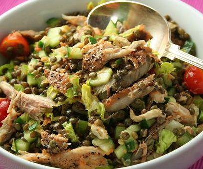 Рыбный салат зеленый горошек огурец