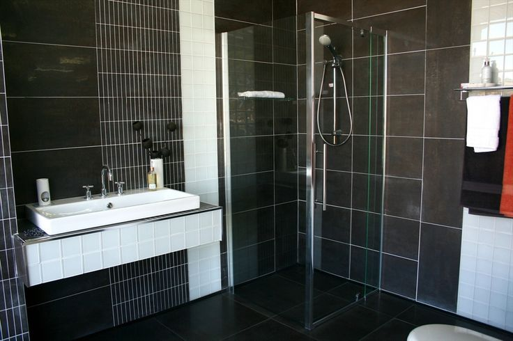 What do you think of this Bathrooms tile idea I got from Beaumont Tiles? Check out more ideas here tile.com.au/RoomIdeas.aspx