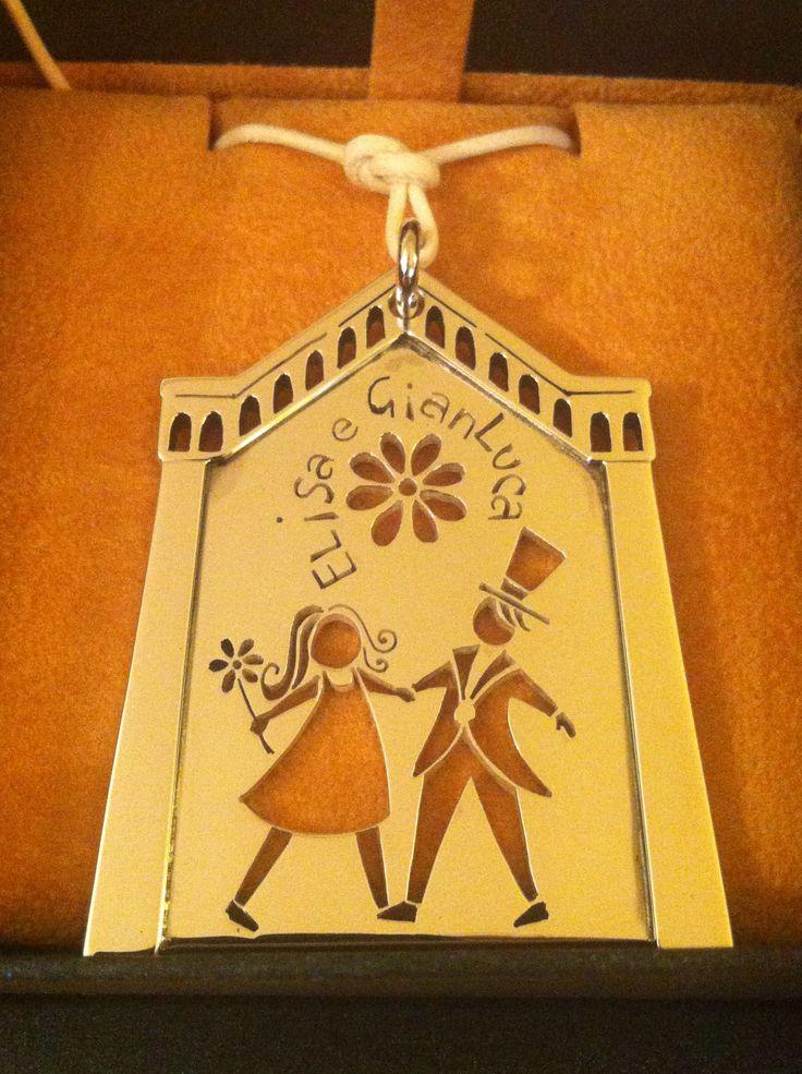 Matrimonio classico, chiesa di San Francesco a Firenze. Un ricordo indimenticabile! Pendente in argento.