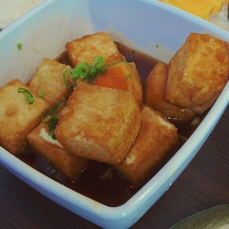 #agedashitofu @ #liaosushi . A great dish to go with rice. #zomato #tofu #dashi #soysauce #mirin #foodpics #foodgasmic #food #foodporn #foodie #calgaryfoodie #yummy #asianfood #instagood #instalike #instafood #foodofinstagram
