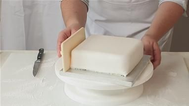 How To Put Fondant On A Square Cake Recipe (Cake Decorating)