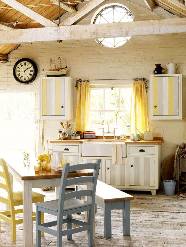 table + chairs...: Cottages Kitchens, Vintage Kitchens, Window, Dreams, Shabby Kitchens, Kitchens Ideas, Rustic Kitchens, Yellow Cottage, House