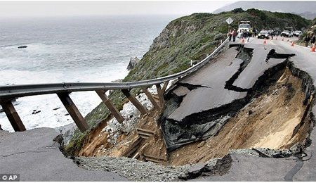 A Landslide Closed Highway 1 in California, 2011 (US) near Rocky Creek Bridge Monterey