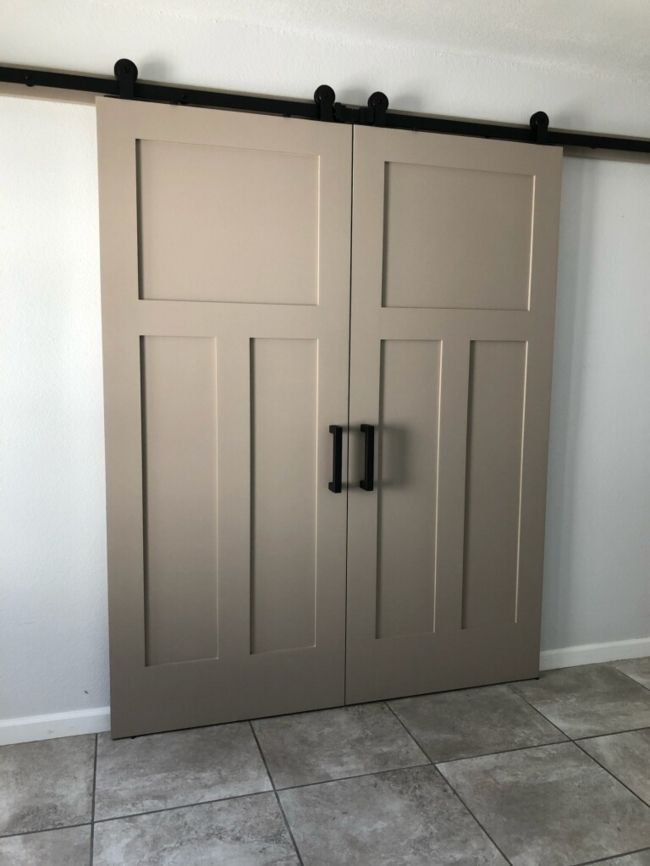 3 Panel Shaker Barn Doors That We Painted Got Installed And Look Beautiful Big Thanks To All Home Owners That Send Us Beautiful P Doors Door Molding Barn Door