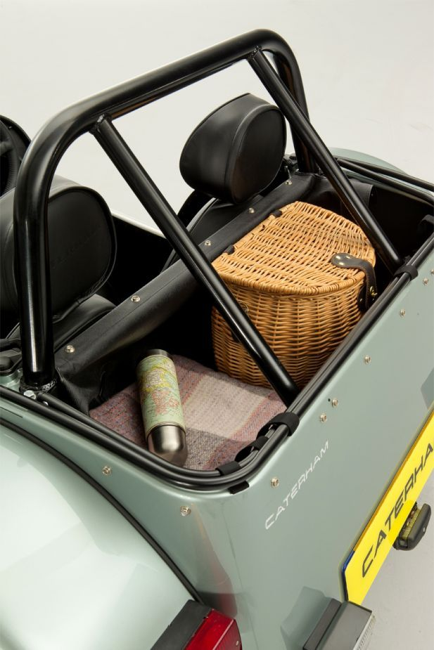 The new Seven 160 is the perfect synergy of fun driving and affordability for the new or experienced Seven owner. The Caterham Seven 160 represents the essence of the Seven. Driving the Seven 160 is pure back-to-basics motoring, evoking strong memories of the 1950's era from which the Lotus 7 was originally born. The Seven 160 exemplifies the ethos of 'performance through lightweight' and making the driver feel absolutely connected to the road. New for the Seven 160 in 2015 is the…