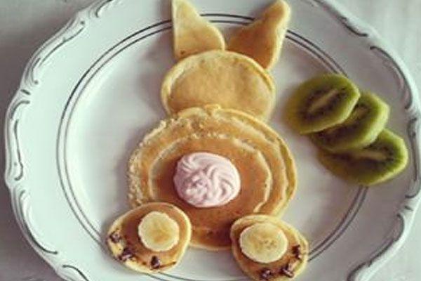 Как приготовить блины-зайцы на детский день рождения
