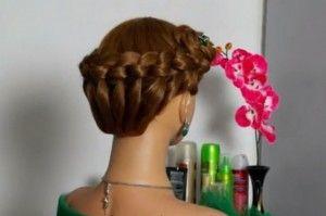 корзинка из узлов на волосах