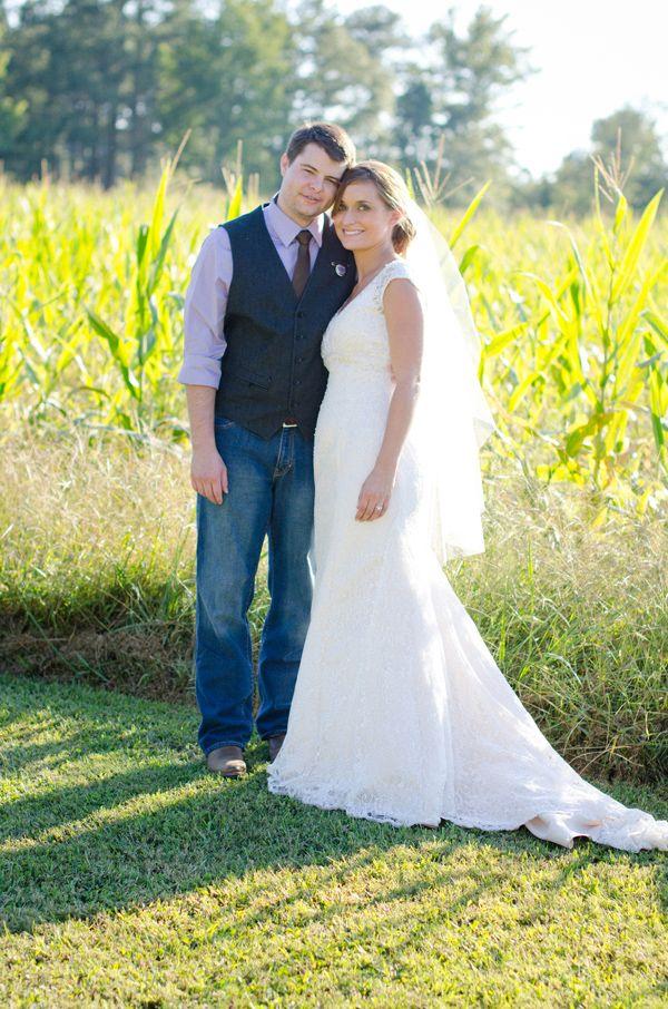 Amazing Sweet and Simple Outdoor Wedding