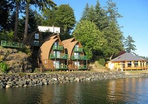 Seascape Waterfront Resort- Quadra Island BC/Vancouver Island Wedding Venue/Destination Wedding/Beach Wedding/Vancouver Island & Gulf Islands Weddings