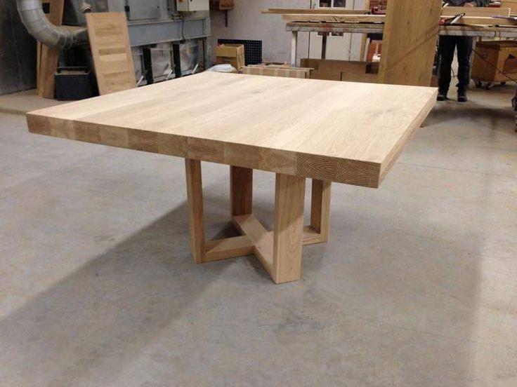 Vierkante eettafel met uniek onderstel | Te Boveldt Meubelmakerij & Interieurbouw