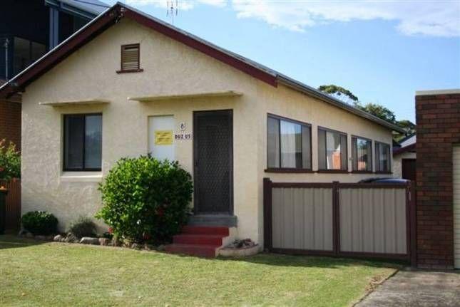 Duz Us - The Original Beach Family, a Currarong Cottage   Stayz