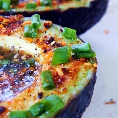 Lime Chipotle Avocados look amazing:    http://rawon10.blogspot.com/2012/11/lime-chipotle-avocados-raw-food-recipe.html  #rawfood #vegan