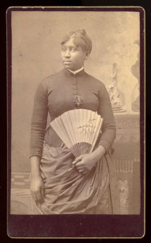 BLACK-AFRICAN-AMERICAN-WOMAN-WITH-A-FAN-CDV-PHOTO-KATONAH-NEW-YORK
