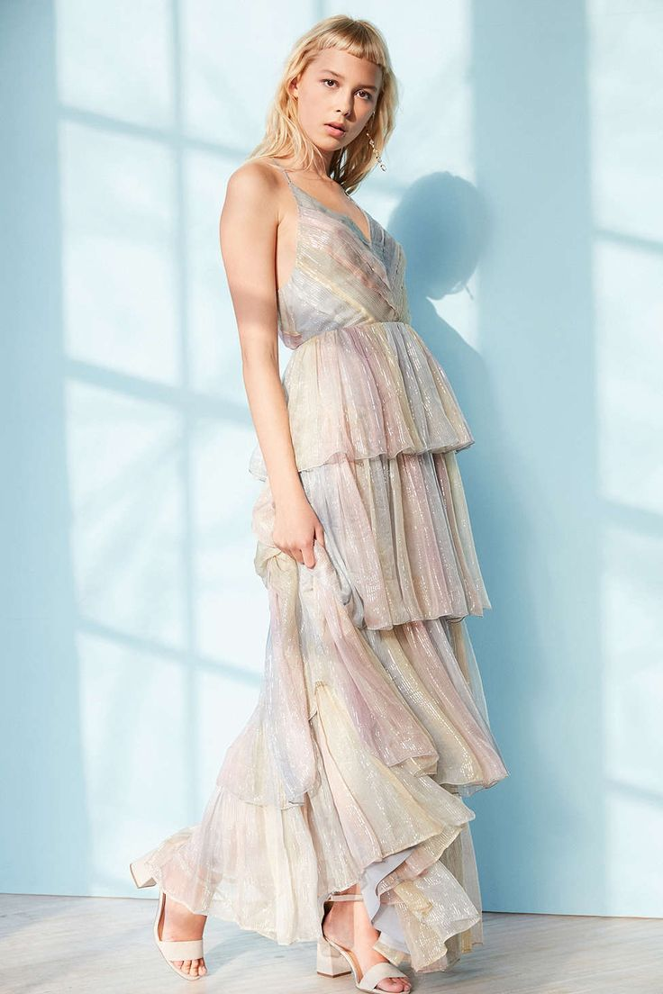 Kimchi Blue Tiers Of The Ocean Maxi Dress - Urban Outfitters