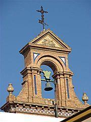 Espadaña de la iglesia de San Antonio Abad, sede de la hermandad del Silencio