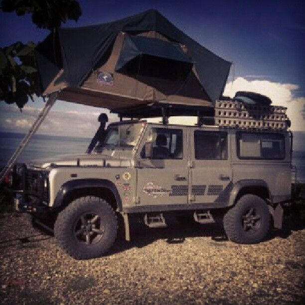 Land Rover Defender camper - Dual side steps look nice. Tent is a bit high off the roof. WEH
