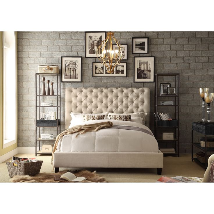 This Moser Bay Furniture Calia Tufted Upholstered Platform Bed combines vintage design and contemporary flair. The chic, tufted headrest borrows from the style of the Victorian era, while the platform frame brings a modern twist.
