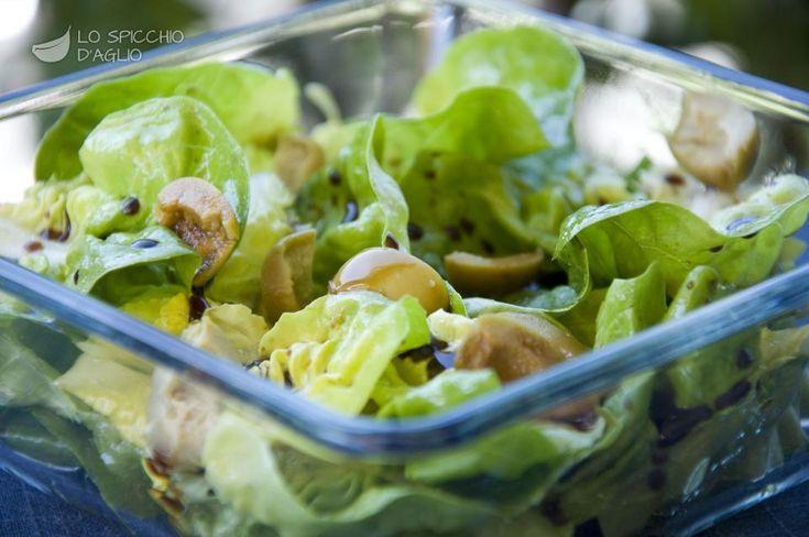 Insalata lattuga e olive