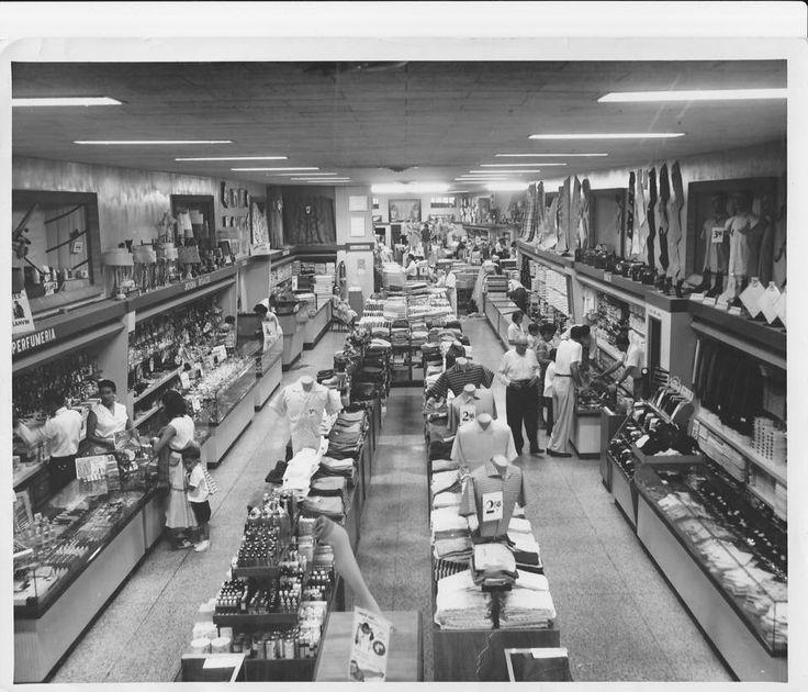 Store in Cuba Paris Viena