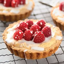 Almond Tarts.  OMG, is there anything prettier looking or tastier sounding?!