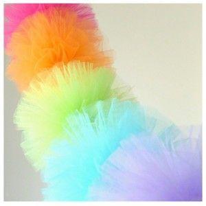 Pompones de tul de 25 cm. Pompones para niños.