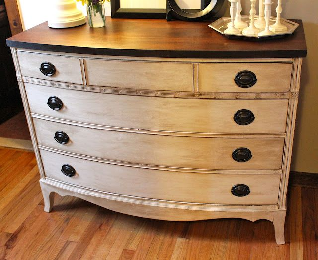 Another beautiful example of Annie Sloan chalk paint. I adore the dark stained top with the lighter bottom - from My Passion For Decor blogspot.