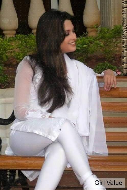 Hot Desi Girl In Salwar Kameez Girls In Leggings Salwar