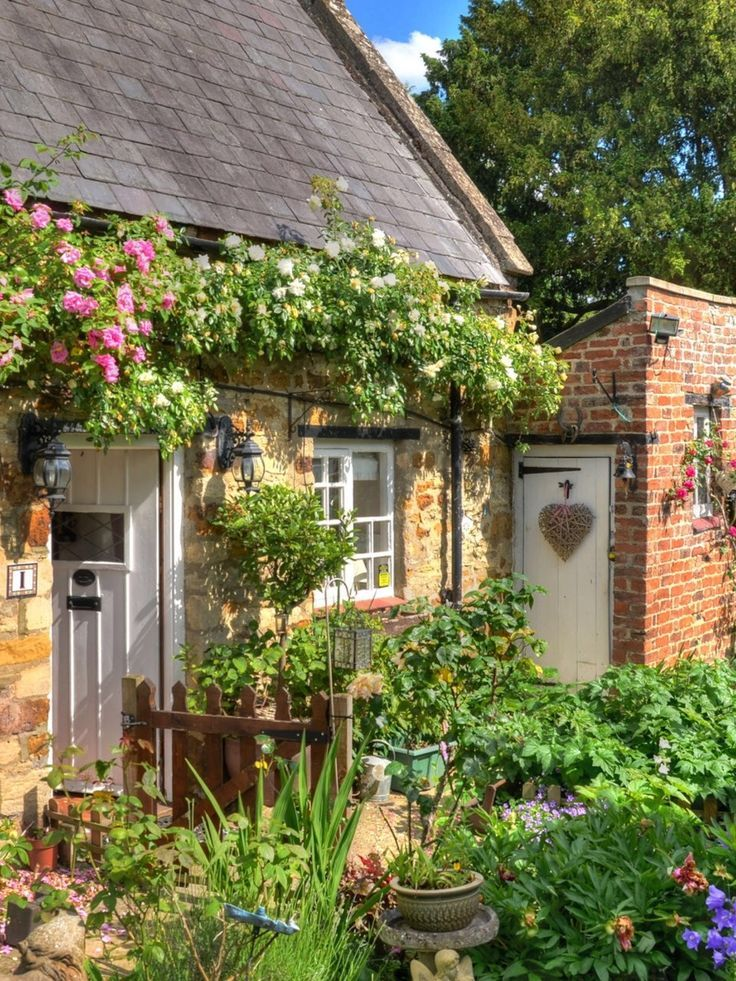 Yellowrose543 Cottage Cottage Yellowrose543 Englische Landhausgarten Haus Und Garten Cottage Garten