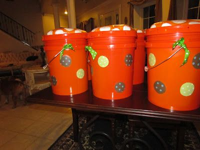 {DIY 5 gallon bucket seat} These might be cool for camping!
