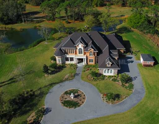 This is what iowa houses are like big and large land so for Design homes iowa
