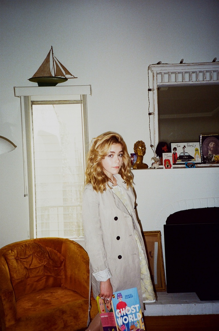 Mad Men star Kiernan Shipka (aka Sally Draper) in Aritzia