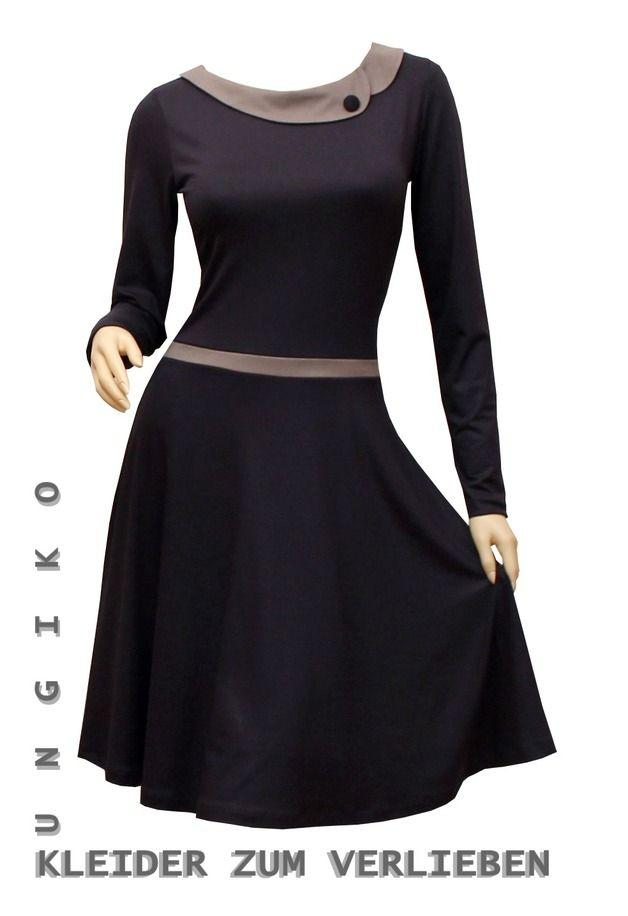 Jerseykleid mit kragen                                                                                                                                                                                 Mehr
