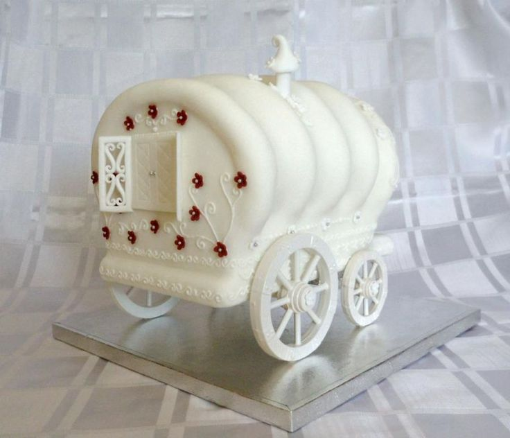 3D Gypsy caravan carved cake and royal icing detail