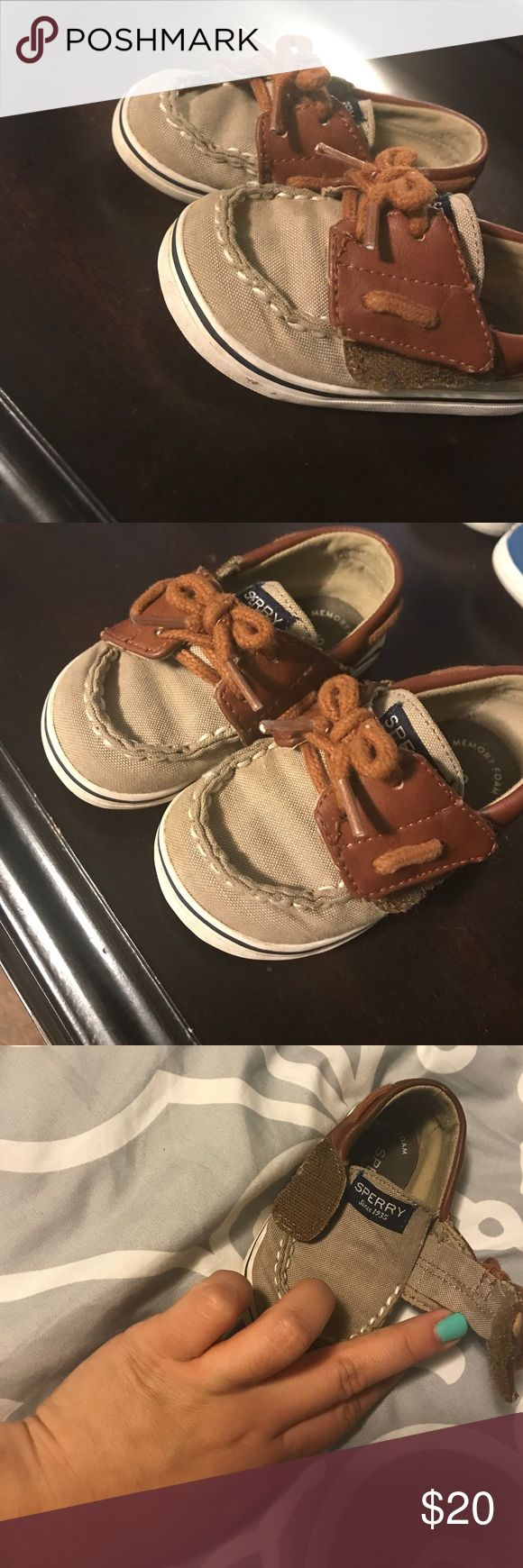 Toddler sperrys size 4m Used by my baby boy he out grew them so fast a lot of life left in them feel free to make offers I have the original box the came with them thanx 🤤 Sperry Shoes Dress Shoes