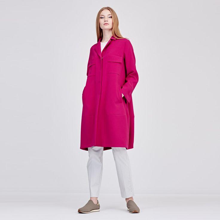 Летнее пальто цвета цикломен - 20 915 руб.