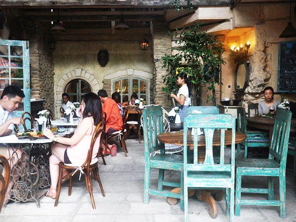 Outside terrace Kebun Bistro, Ubud, Bali: cosy French bistro