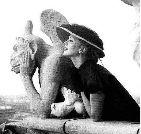 Richard Avedon, Suzy Parker, 1951.                                                                                                                                                                                 Plus