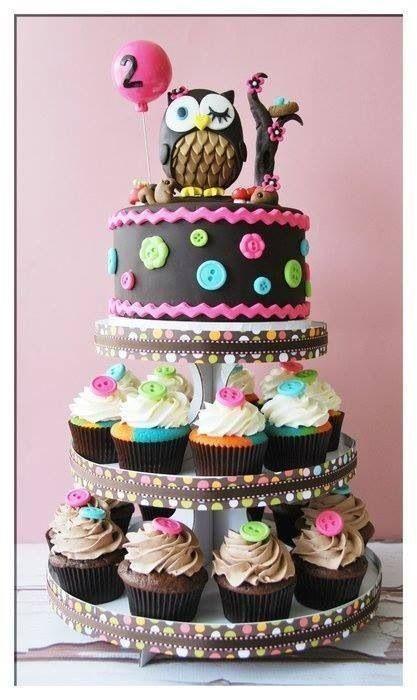 Si están próximas a tener una gran celebración, no olviden el pastel. La verdad es que no importa si somos grandes o pequeños, la ilusión de un lindo pastel