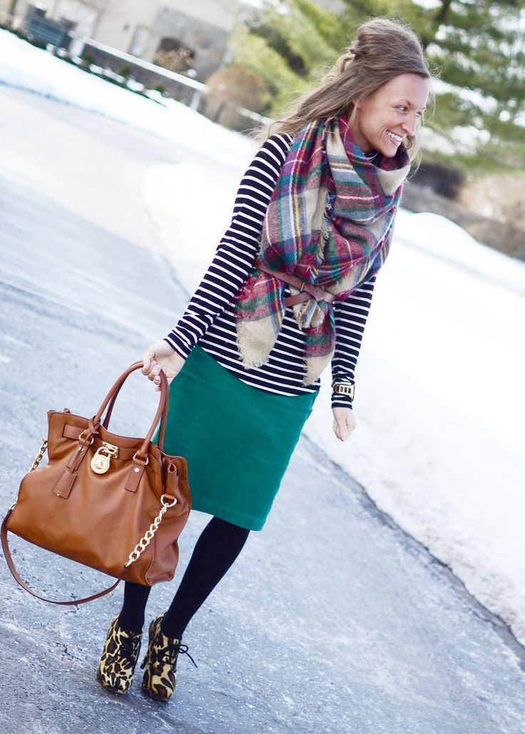 Savvy_Skirt_Girl from Instagram  modest fashion fall fashion blanket scarves