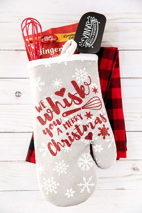 Holiday Baking Oven Mitt Gift Teacher Christmas Gifts Christmas Vinyl Projects Handmade Christmas Gifts
