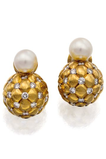 RosamariaGFrangini | PearlPoetry | TJS | Pair Id 18CT Gold, Diamond and Pearl Earrings, Chanel.