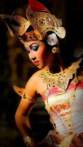 Legong Dance - Bali Indonesia