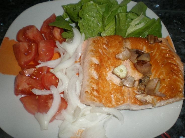 Filete de salm n con ensalada ingredientes para 2 - Ensalada con salmon fresco ...