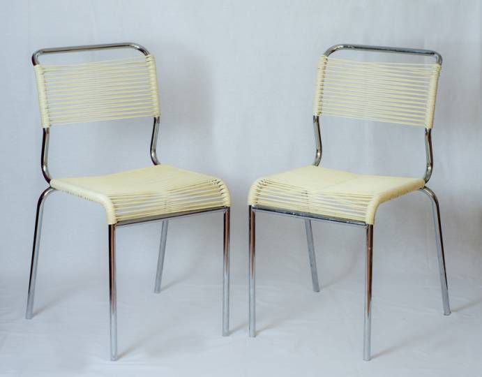 Chaises scoubidou blanches vintage