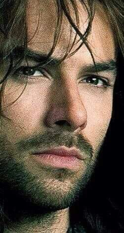 Aidan Turner as Kili. One beautiful dwarf...